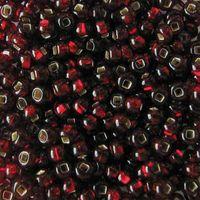 Бисер прозрачный с серебристым центром №97120 (темно-красный; 10/0)