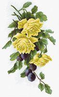 """Вышивка крестом """"Жёлтые розы с виноградом"""" (185х325 мм)"""