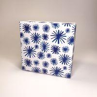 """Подарочная коробка """"Снежинки"""" (16х16x7,5 см)"""
