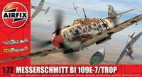 """Истребитель-бомбардировщик """"Messerschmitt Bf 109E-7/Trop"""" (масштаб: 1/72)"""