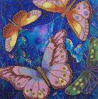 """Вышивка бисером """"Бабочки в ночных цветах"""""""