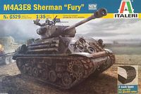 "Сборная модель ""Танк M4A3E8 Sherman ""Fury"" (масштаб: 1/35)"