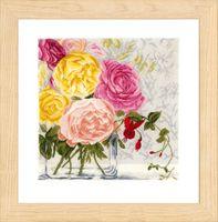 """Вышивка крестом """"Пастельный цветы в вазе"""" (300х310 мм)"""